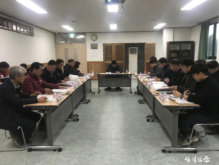 [사진자료] 산림청, 강원지역 재선 충병 긴급 방제대책회의 개최3.jpg