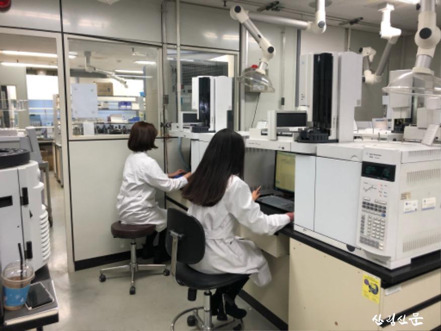 실험실 1.jpg