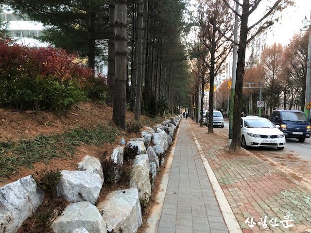 27일_사진_시영3단지 보행환경개선(조성 후).jpg