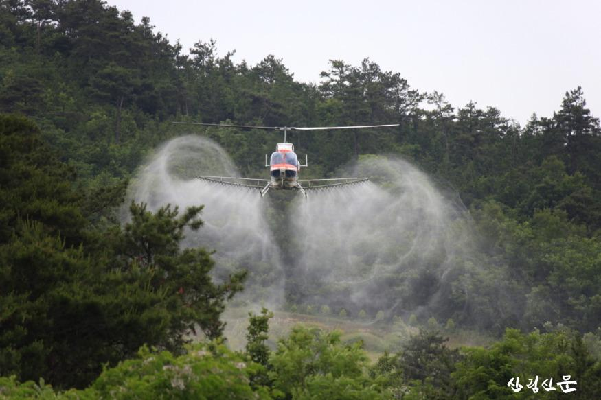 소나무 재선충병 항공방제.JPG