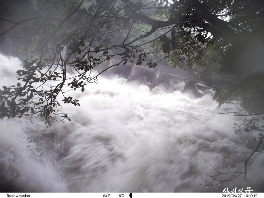 돌발홍수 사진3-2019년에 한라산 중산간지역인 서중천의 모습.JPG